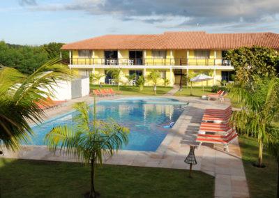 Der Pool vor dem Hotel der Spieler
